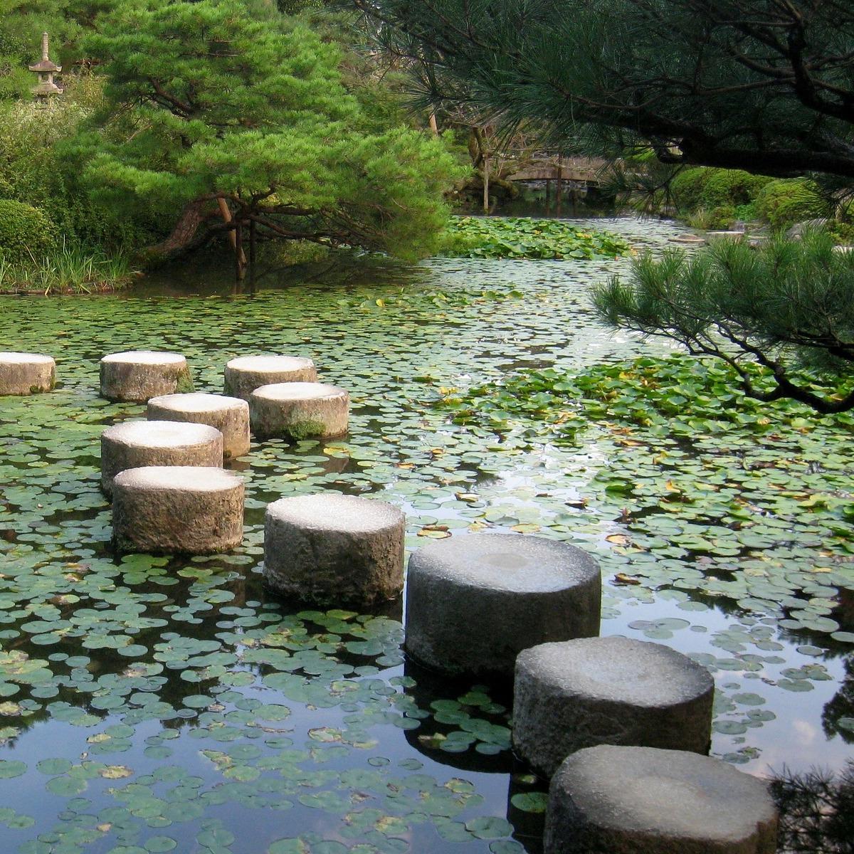 Japanischer-Garten-Seesteine